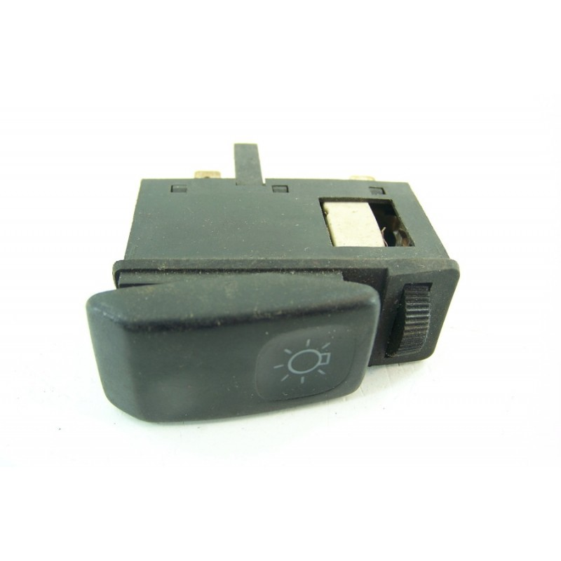 Spark Plugs Set 4x pour HONDA CIVIC Mk7 1.6 01 To 05 D16V1 NGK 980795614P NEUF