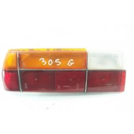 PEUGEOT 305 n°66 Feux arrière gauche conducteur