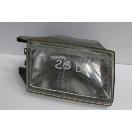 RENAULT R25 n°32 optique de phare avant droit