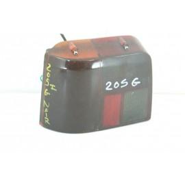PEUGEOT 205 n°115 Feux arrière gauche conducteur