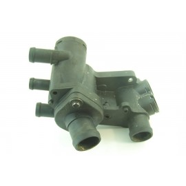VOLKSWAGEN POLO 1.4i N°1 Boitier de thermostat PA66-GF30