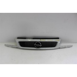 OPEL ASTRA année 95 n°8 calandre d'occasion