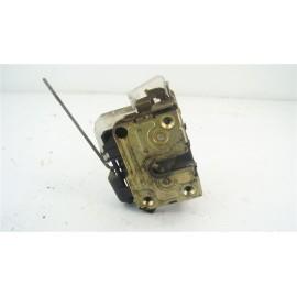 RENAULT MEGANE SCENIC 1 Ph1 n°7 Serrure de porte avant conducteur