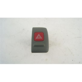 NISSAN MICRA année 2000 N°24 Interrupteur warning