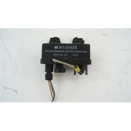 RENAULT MEGANE SCENIC 1 Ph1 1.9 dT n°1 boitier de préchauffage