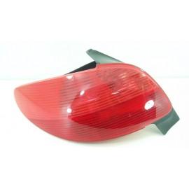 PEUGEOT 206 n°141 Feux arrière gauche conducteur