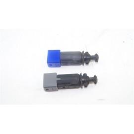 RENAULT LAGUNA 2 1.9 DCI n°4 deux Capteur pédale d'embrayage