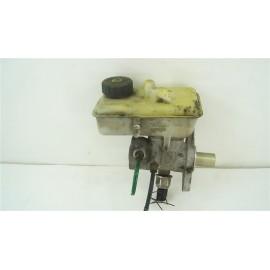 RENAULT LAGUNA 2 1.9 DCI n°9 Maître-cylindre de frein