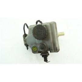 PEUGEOT 106 KID année 1996 essence n°11 Maître-cylindre de frein 9616982680