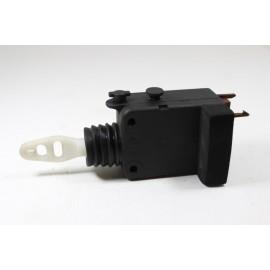 PEUGEOT 306 n°46 Mécanisme de verrouillage électrique de coffre
