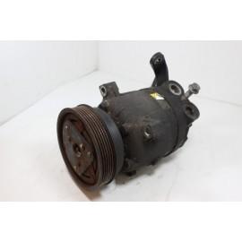 OPEL CORSA B 1.4 I n°2 Compresseur climatisation