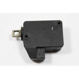 PEUGEOT 406 n°50 Mécanisme de verrouillage électrique de coffre