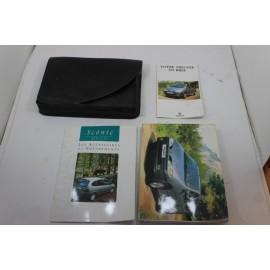RENAULT MEGANE SCENIC 1.6i n°3 pochette auto d'origine