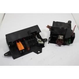 RENAULT MEGANE SCENIC 1.6i 7703297189 n°8 boite à fusibles moteur d'occasion