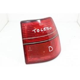 SEAT TOLEDO n°57 Feux arrière droit passager