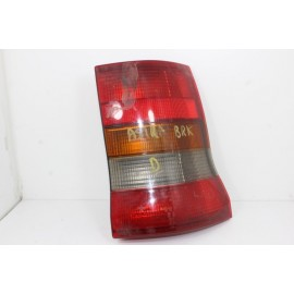 OPEL ASTRA BREAK GM45016 n°58 Feux arrière droit passager