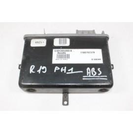 RENAULT 19 phase 1 7700792379 n° 24 Calculateur moteur
