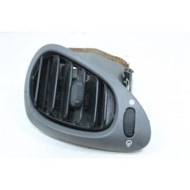 FORD FIESTA 4 n°4 Grille ventilateur conducteur 96FGA018B09AKW