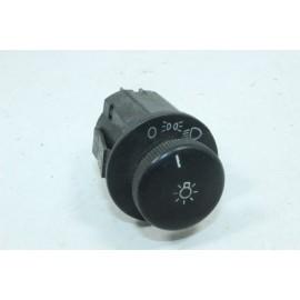 OPEL KADETT 90191677 n°31 Interrupteur commande phare