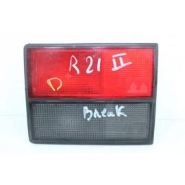 RENAULT 21 phase 2 BREAK n°124 Feux arrière droit
