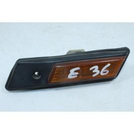 BMW E36 1.378.014.9 n°14 Unité d'indicateur clignotant de côté d'aile DROIT