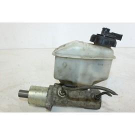 RENAULT 21 GTS 7700726018 n°29 Maître-cylindre de frein d'occasion