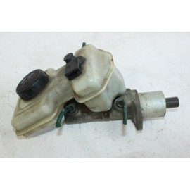RENAULT 21 GTS 7700732858 n°28 Maître-cylindre de frein d'occasion