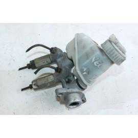 OPEL VECTRA 1.7D année 1997 n°22 Maître-cylindre de frein d'occasion