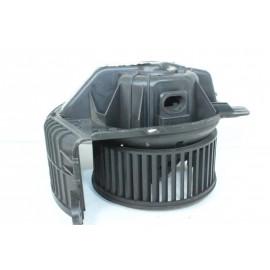 RENAULT SCENIC 2 J84F666583V n°91 ventilateur intérieur d'occasion