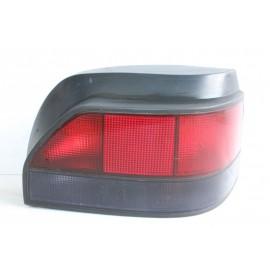 RENAULT CLIO 1 7700796118 n°136 Feux arrière