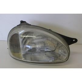 OPEL Corsa B 1.7 D n°150 optique de phare avant droit