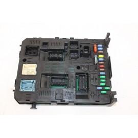 PEUGEOT 3008 année 2012 28119759-5 n°17 boite fusibles intérieur