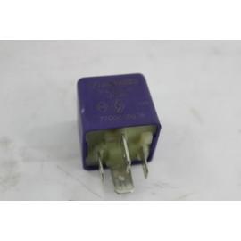 RENAULT MEGANE 1 phase 1.9d n°27 relais divers 7700810936