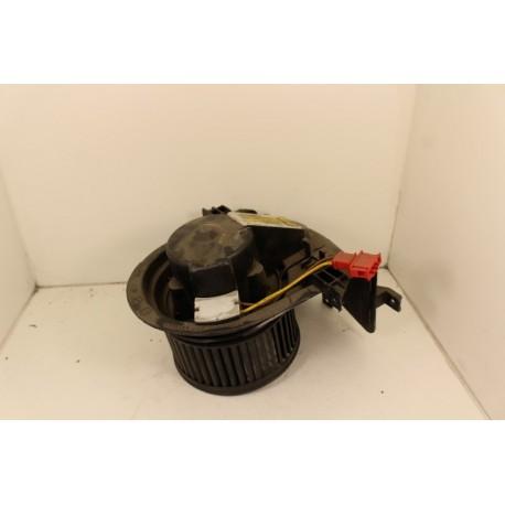 VOLKSWAGEN GOLF 3 n°23 ventilateur intérieur d'occasion