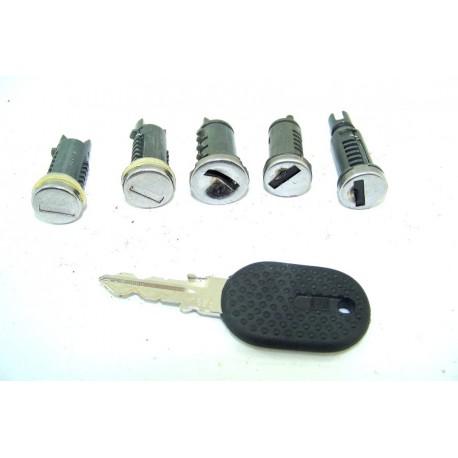 256027 Fiat Uno n°11 Kit serrures