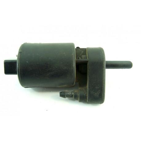 Renault 19 n°23 Pompe de lave glace