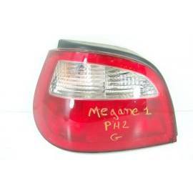 RENAULT MEGANE 1 phase 2 n°47 Feux arrière gauche conducteur